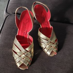Oscar De La Renta Gold heels